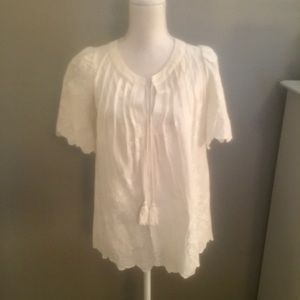 EUC SZ S CHELSEA &VIOLET WHITE EMBROIDERED BLOUSE